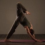 Posizioni Yoga Mezzo scorpione