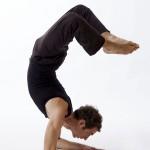 posizioni yoga scorpione